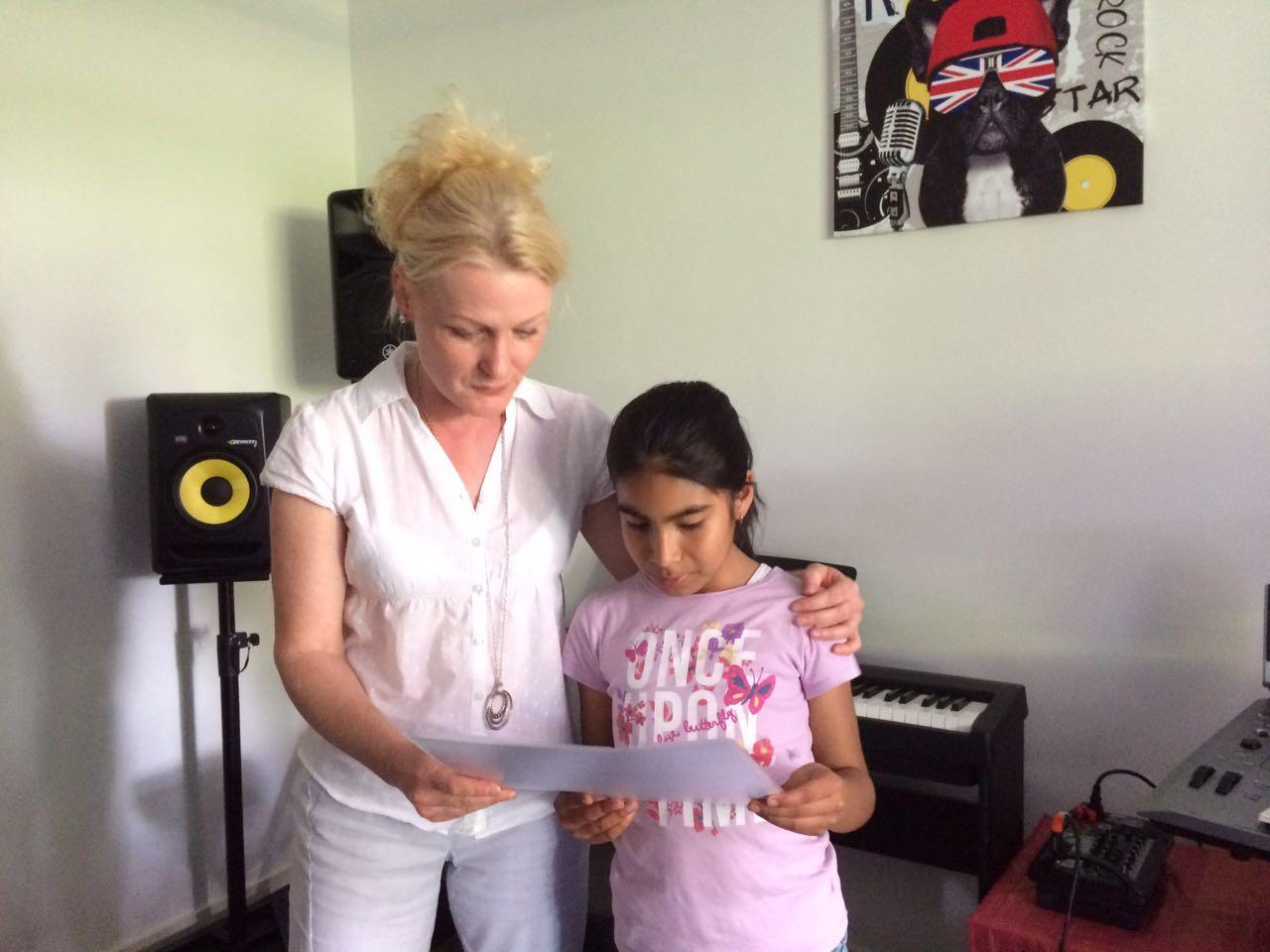 Pianoles cursist Daniela