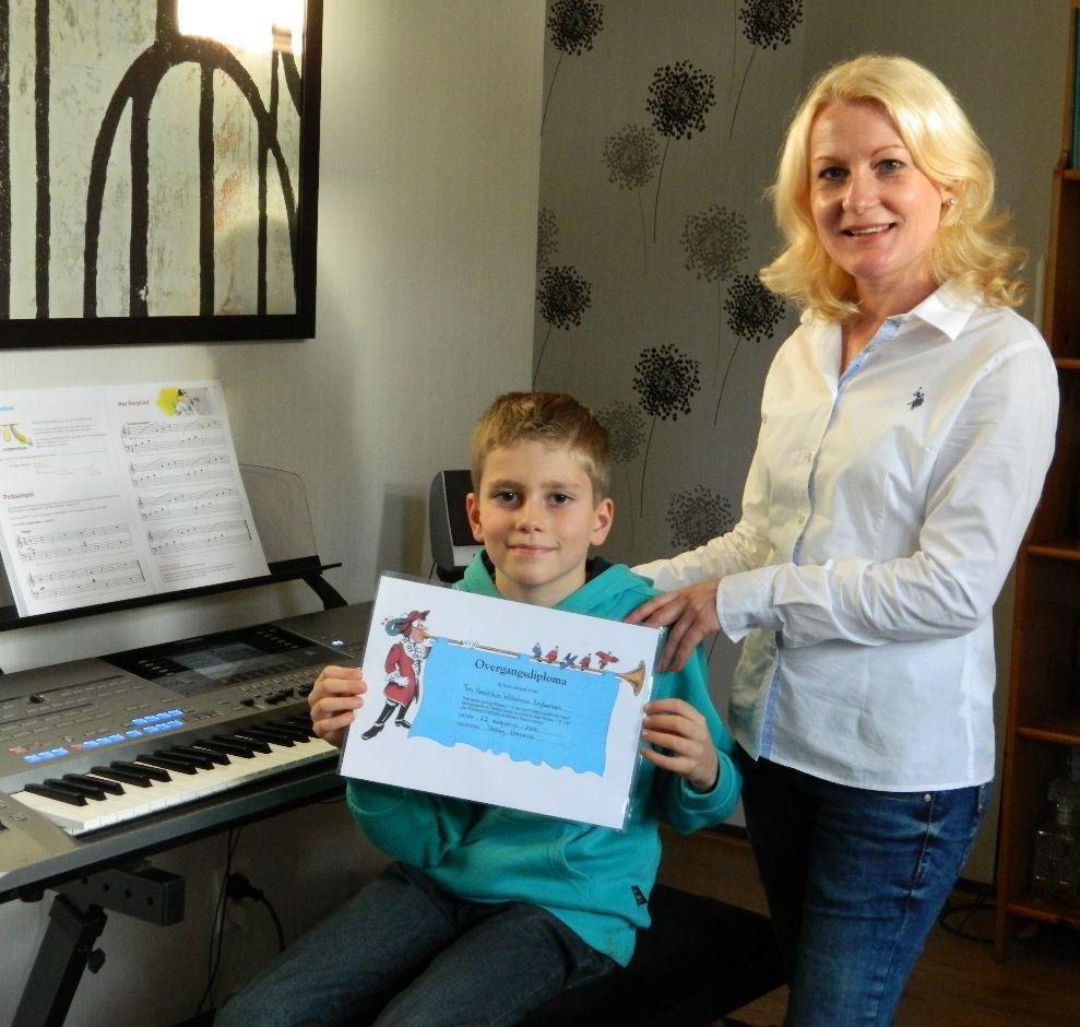 Pianoles voor Tim in Doetinchem, met Vessy